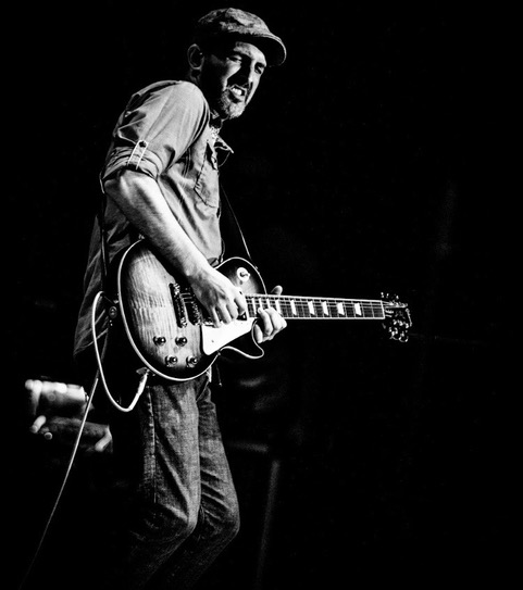 Touring and Session Guitarist Andrew Timothy playing Les Paul